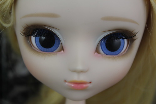 Kore Face Up