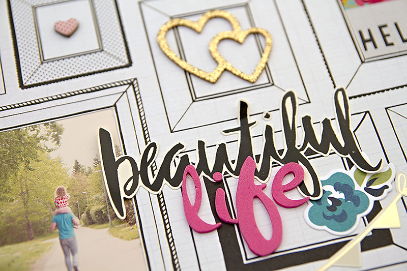 Alex Gadji - Beautiful Life closeup1
