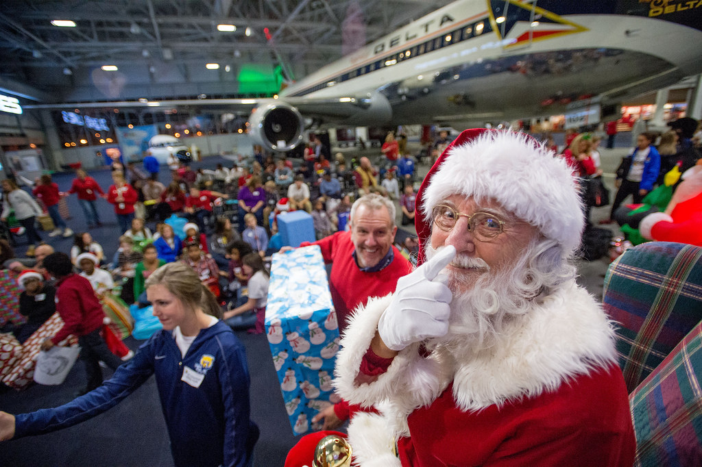 Delta Holiday in the Hangar 2015