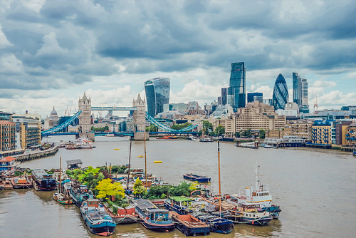 London cityscape in watercolor.