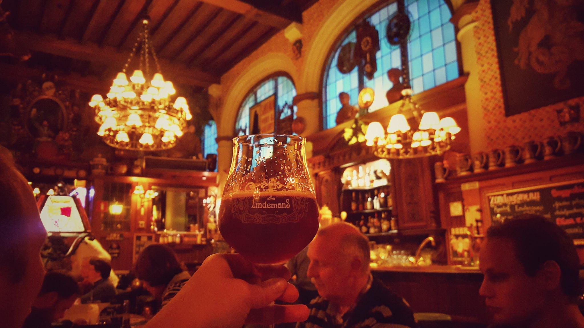 Lekker eten in Gent - borrelen bij Sint Jorishof