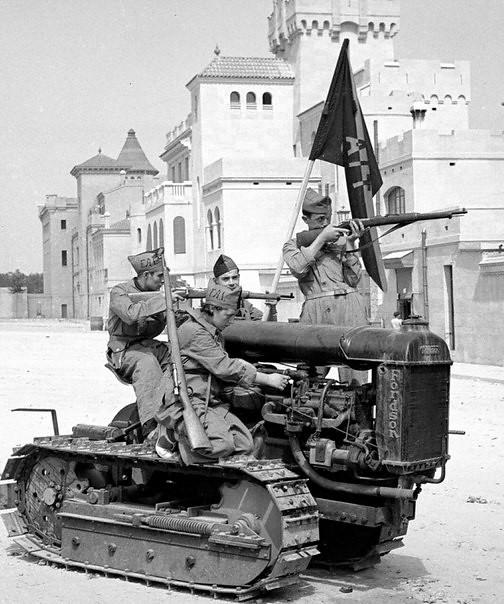 Traktorin Puna-armeijan