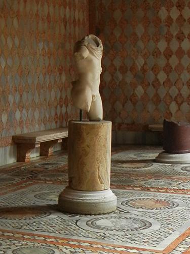 DSCN2107 _ Mosaic courtyard, Ca  d'Oro, Venezia, 14 October (detail) -  500