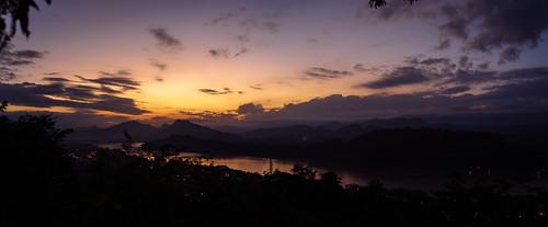 sunset laos 日落 mekong luangprabang mekongriver 老挝 湄公河 琅勃拉邦 澜沧江 普西山
