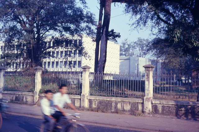 Saigon 1966-67 - Faculty of Medicine - Photo by Capt. Ted R. Snediker - Đại Học Y Khoa Saigon