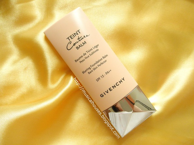 Givenchy Teint Couture Balm Blurring Foundation