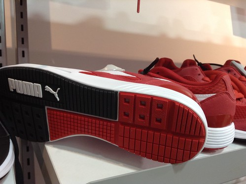 Puma sneakers $25