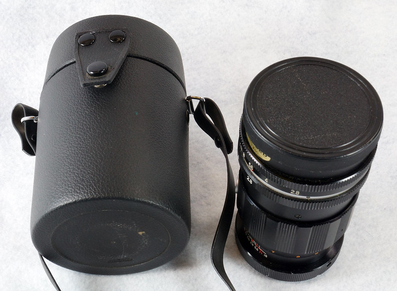 RD15090 Vintage Vemar Telephoto Zoom Camera Lens 1_2.8 f = 135mm No. H50403 Ricoh Mount DSC07437