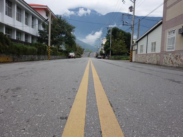 鳳林的街道上人車都不多,好喜歡在路上停下來拍照