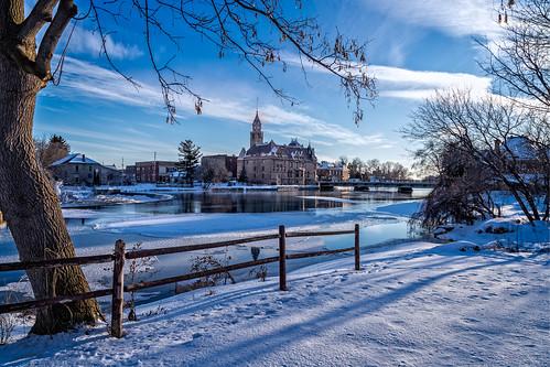 winter carletonplace hff townhall mississippiriver snow