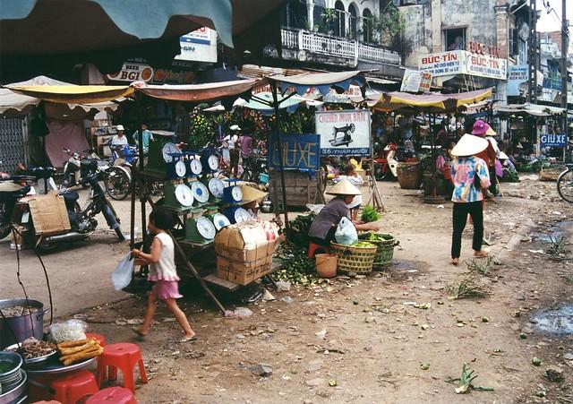 vietnam chô lon 11