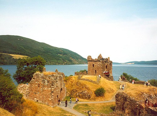 Beautiful Scotland - Urquhart Castle