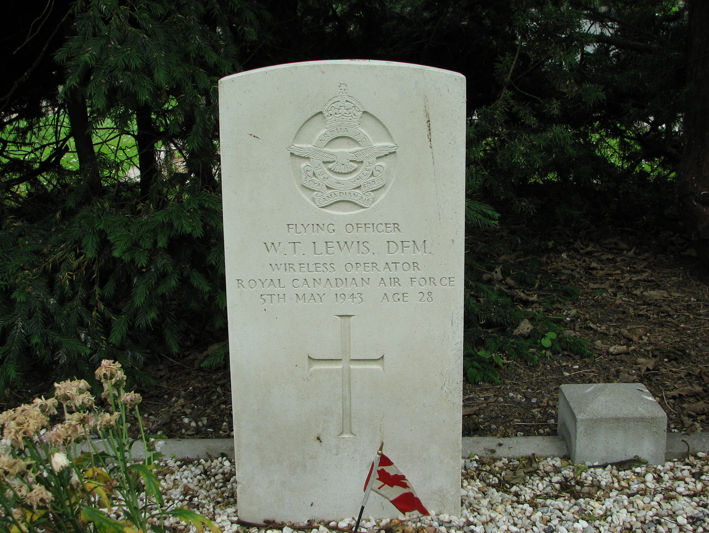William T. Lewis Net Worth