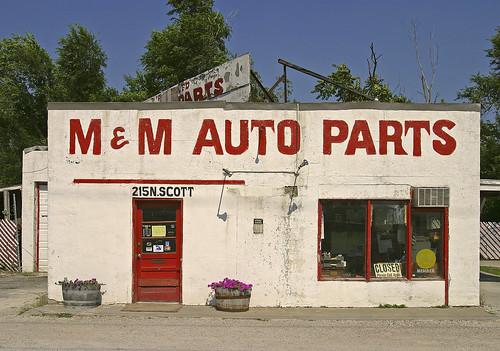 M & M Auto Parts