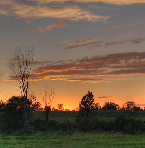 sunset sky ontario canada topv111 clouds fun book bravo jamie topc50 olympus hdr e500 photomatix intrestingness specland infinestyle jamieamodeo