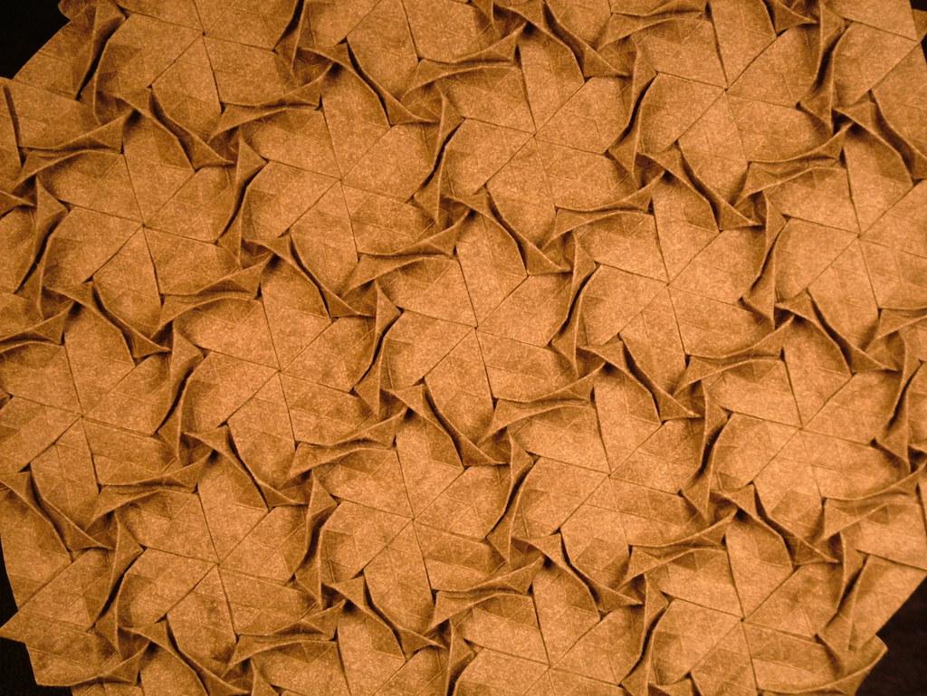 Lightbox Testing: Joel Cooper, RAW vs. JPG (Origami Tessellations)