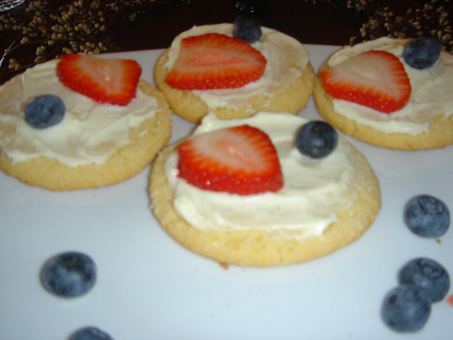 Mini Fruit Pizzas | Flickr - Photo Sharing!