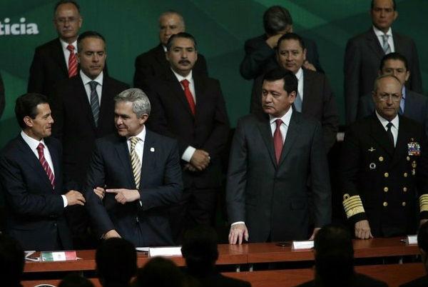 Llama Peña a procuradores a redoblar esfuerzos en caso Narvarte