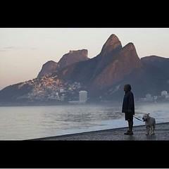 Amanhecendo no Arpoador pelas lentes de Thiago Lontra... #AplausoBlogAuroradeCinema #riorejaneiro #errejota #arpex #lindodever #cidadelinda #cidademaravilhosa #iloverio #porainorio #goodinrio #paixaopelorio #cenasurbanas #cenascariocas #carioca #carioquis