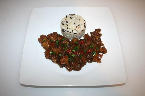 32 - Asian onion pork belly - Served / Asiatischer Zwiebel-Schweinebauch - Serviert