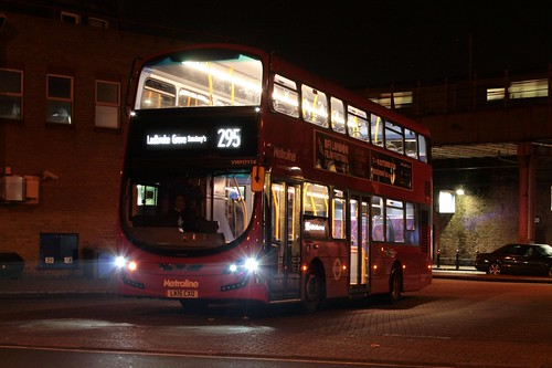 Metroline West VWH2114 on Route 295, Clapham Junction