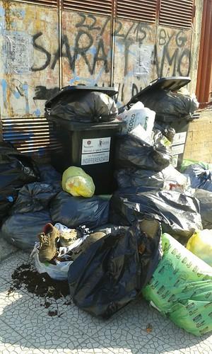 Rutigliano- Francesco Delliturri- Rutigliano sporca altro che Comune riciclone (2)