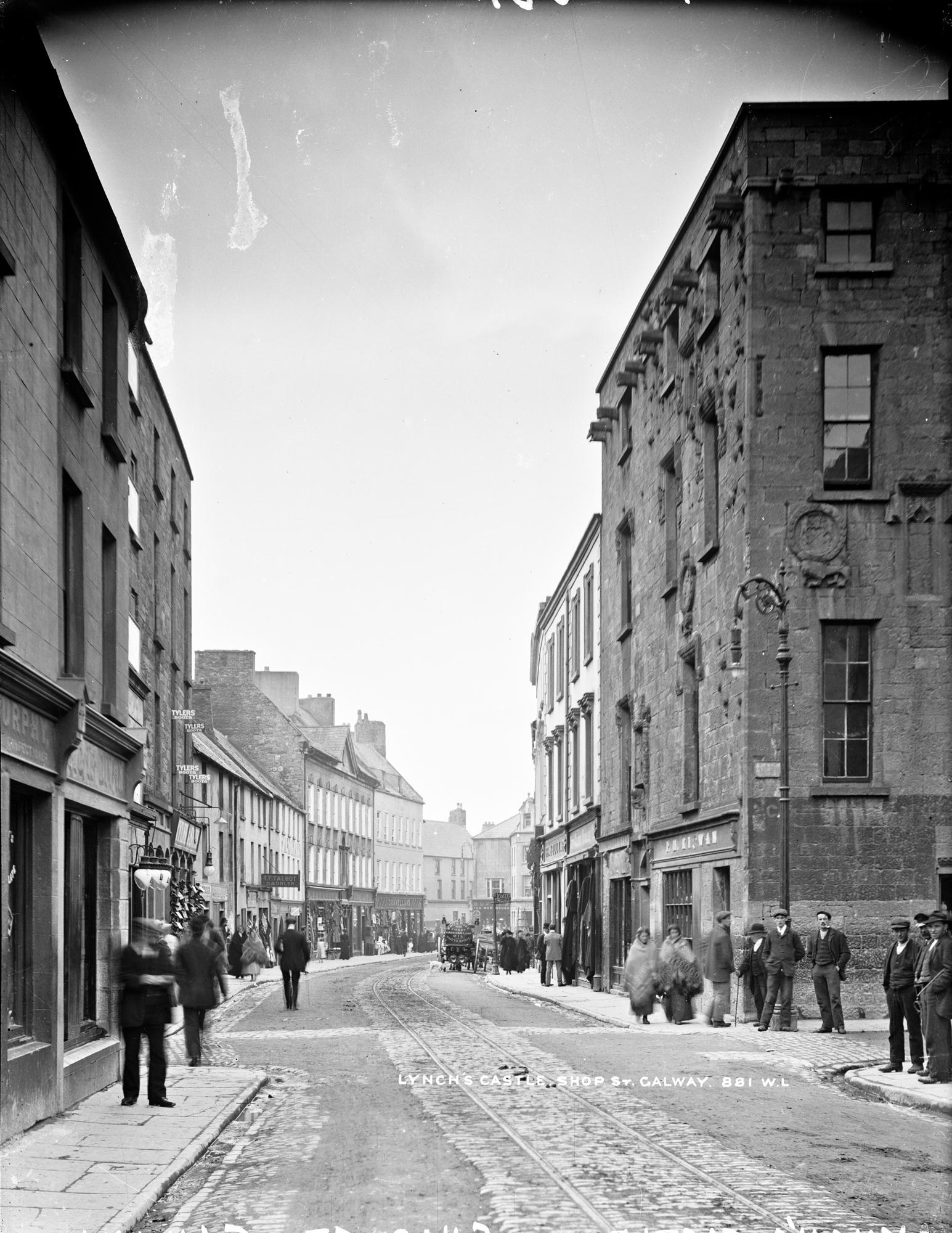 Lynchs Castle, Shop Street, Galway