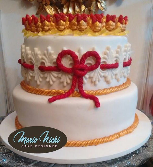Minnie Red and Gold Cake by Mario Nichi Cakes