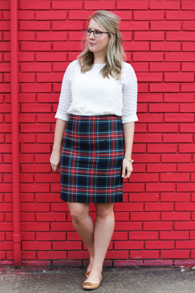 how to wear a plaid skirt