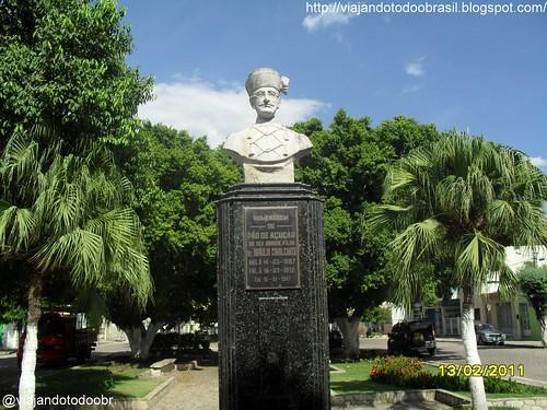 Pão de Açúcar - Estátua em homenagem a Bráulio Cavalcante