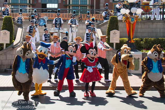 The Disneyland Band with Mickey and Friends