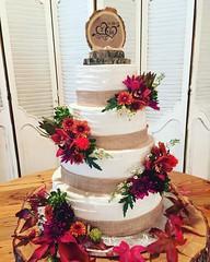 Happy Wedding Day Mary and Zach!  Beautiful #fall #flowers just made this #cake!  #214EATCAKE #anniesculinarycreations #dallasbakery #dfwbakery #customcake #happilyeveradter #happilyeverafter #wedding #weddingcake #weddingcakeideas