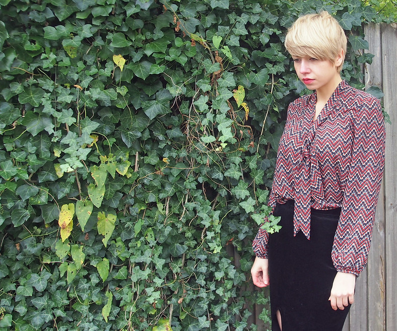 Geo, Geometric, Tie Neck, Pussybow, Shirt, Midi, How to Wear, AW15, Sam Muses, UK Fashion Blog, London Style Blogger, Stylist