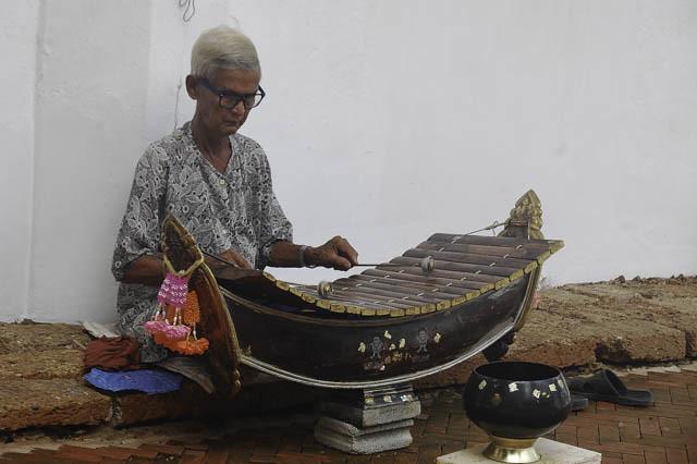 sukhothai-isa5small