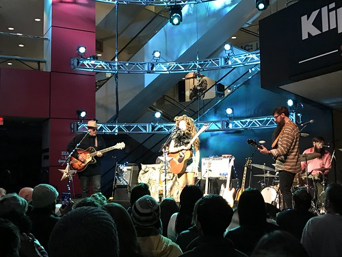Valerie June (2/10/18)