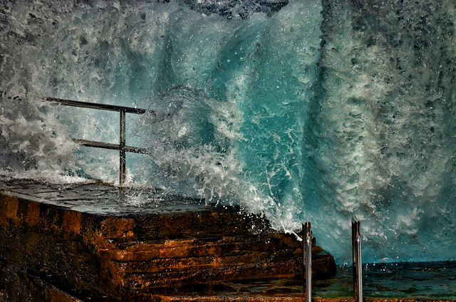 Be always like the sea, crashing against the rocks, he always finds the strength to try again.