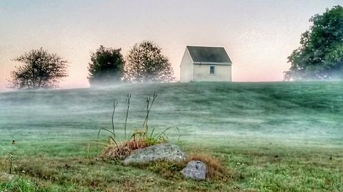 morning nature weather misty fog sunrise landscape countryside weatherphotography