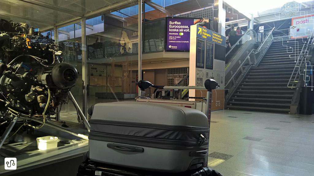 Aguardando meu retorno no aeroporto de Helsinki - Vantaa