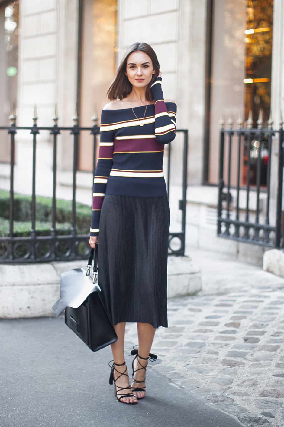 pleated-skirt-fashion-trend-fall-2015-outfit-street-style