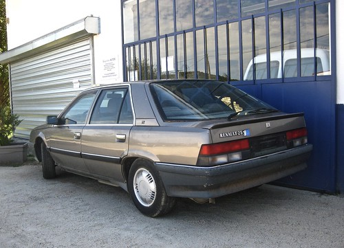 1988-1992 RENAULT R25 TX Phase II