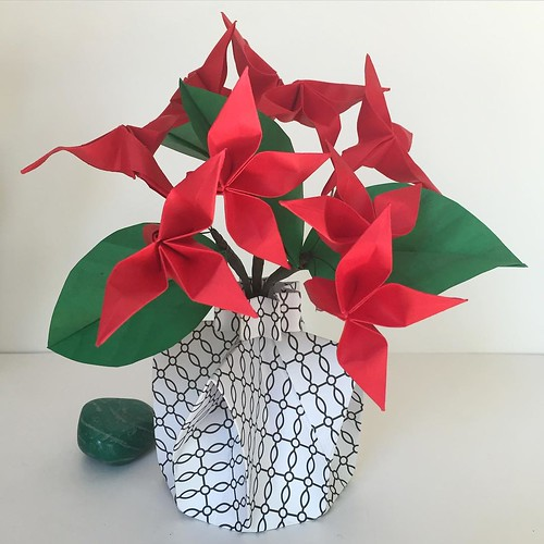 Origami Vase with Red Origami Flowers