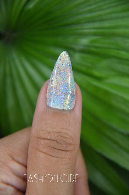 Pastel-Galaxy-Nails-3