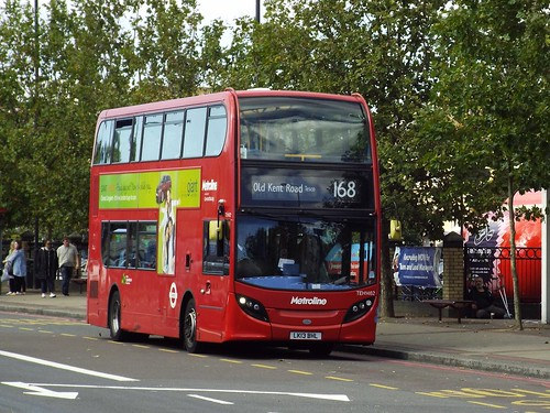 Metroline TEH1462, LK13BHL on Old Kent Road on route 168