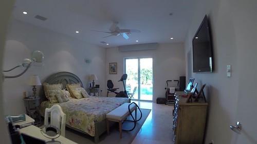 9525 E Broadview Dr, Bay Harbor Islands, Florida