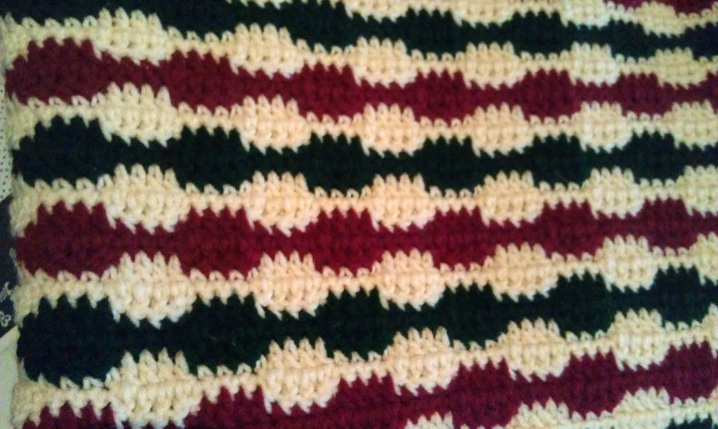 Christmas Crochet Blanket - Missed Stitches