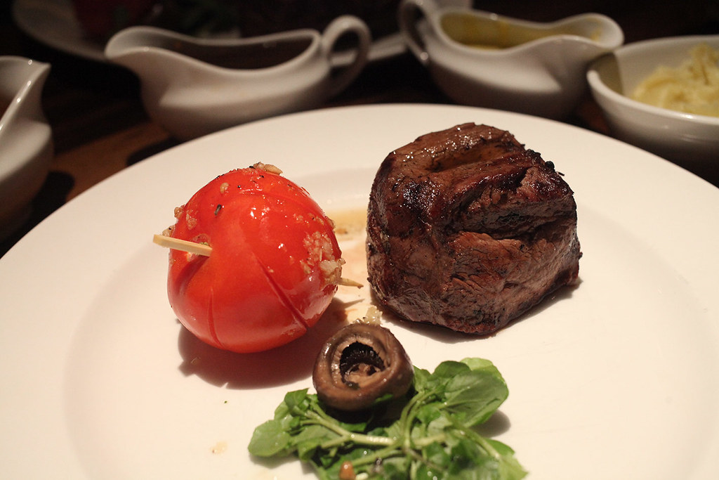 grill-on-the-market-wagyu-beef-fillet-main