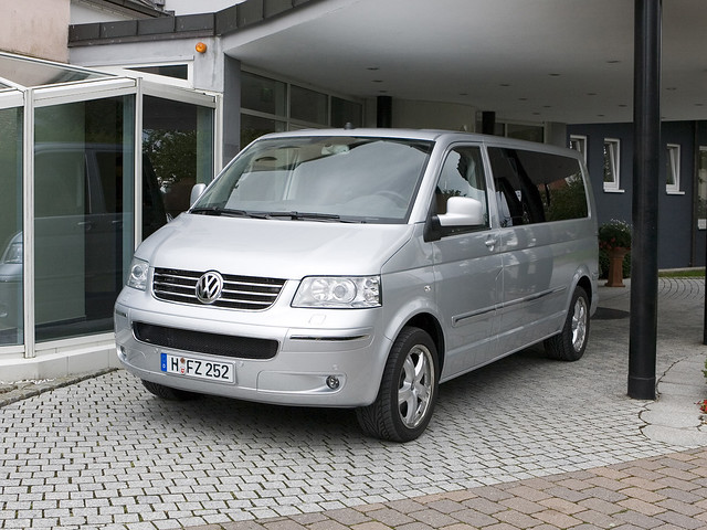 Минивэн Volkswagen T5 Multivan Business. 2003 – 2009 годы