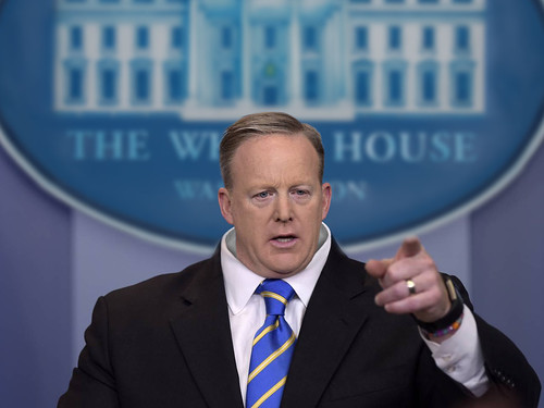 Sean Spicer Tiny Head