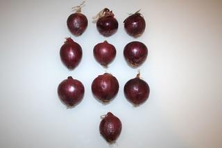 13 - Zutat kleine Zwiebeln / Ingredient small onions