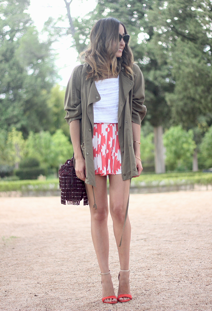 Green Parka White Top Pepe Jeans Shorts Coral Sandals Heels Outfit05